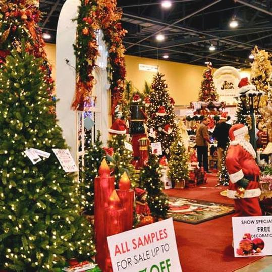 Christmas Palace.These Southern Christmas Shops Are Open All Year Long