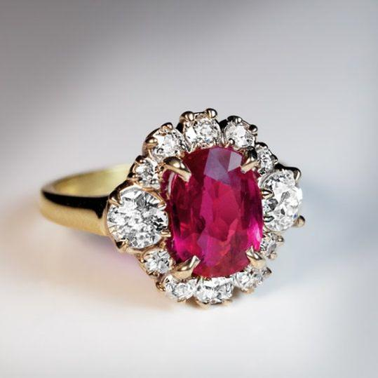 RX1707_ Unique Engagement Rings You'll Say  I Do  To Ruby