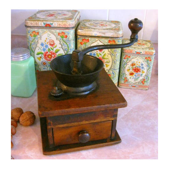 Vintage Kitchen Items Mama Will Remember Southern Living
