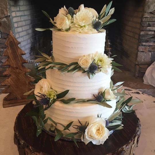 The Best Local Wedding Cake Bakeries In The South