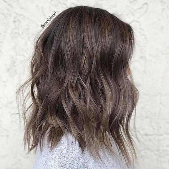 Mushroom brown hair is trending for 2018 southern living subtle lob solutioingenieria Images