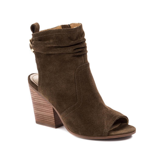 RX_1808_Must-Have Fall Boot Styles_Open-Toe