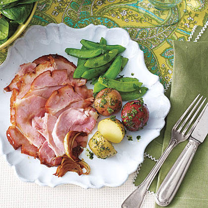 Smoky Glazed Ham with Red Pepper Jelly