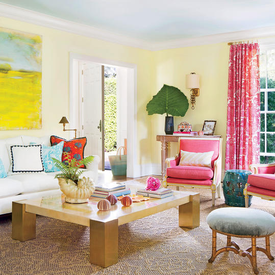 With the couple's input, designers Celerie Kemble and Lindsey Herod dreamed up a palette that's as at home here as it is in a Lilly Pulitzer catalogue.  In Florida, there's endless inspiration in the landscape,  says Herod.  So we pulled from the...
