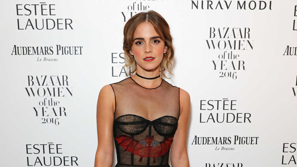 Watch Emma Watson Sing Opening Beauty And The Beast Song