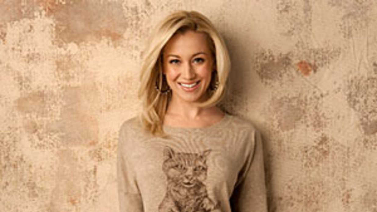 Dishing with Kellie Pickler