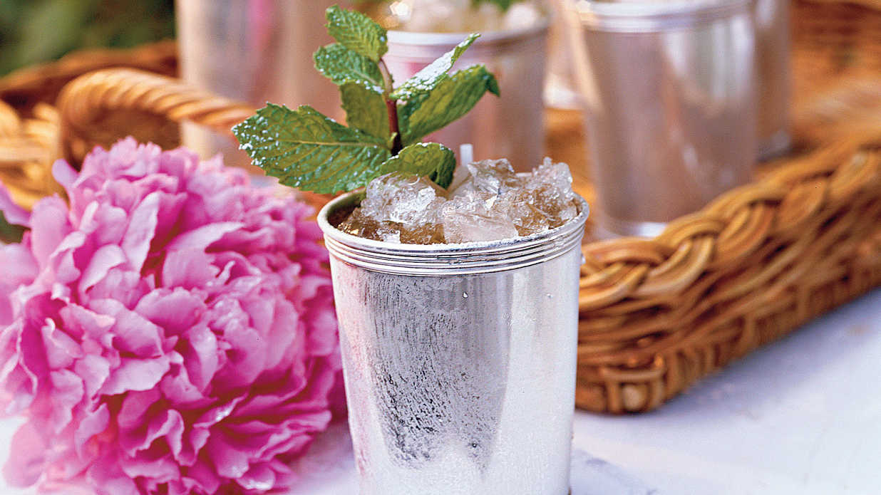Stir up a Mint Julep for the Derby