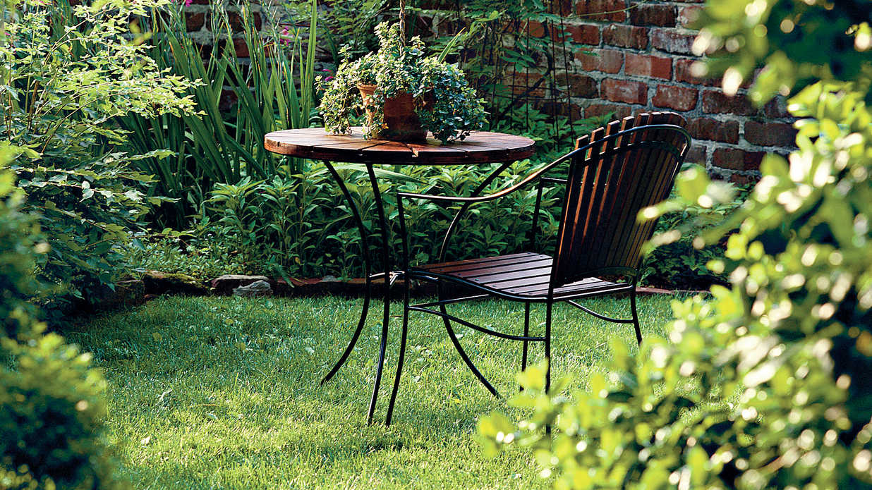 Outdoor Furniture (promo image)