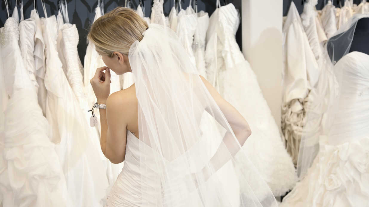 Bride Wedding Dress Shopping