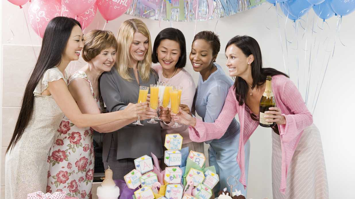 Baby Shower Gift Giving Etiquette ~ The baby shower etiquette rule everyone should know