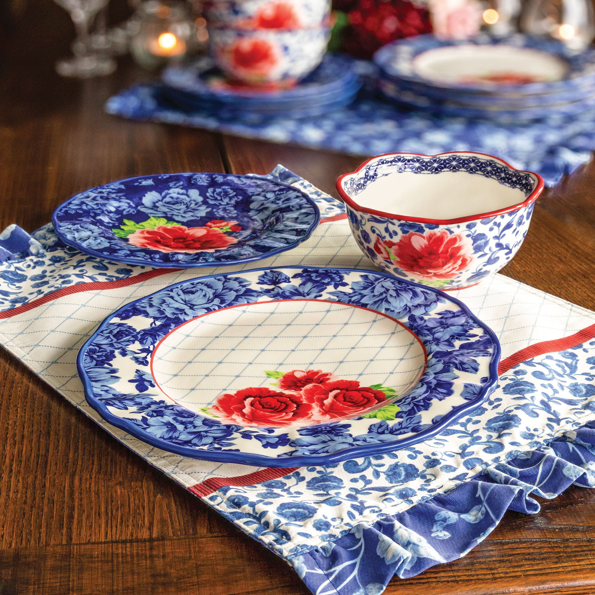 The Pioneer Woman's Newest Dinnerware Collection is Floral Perfection