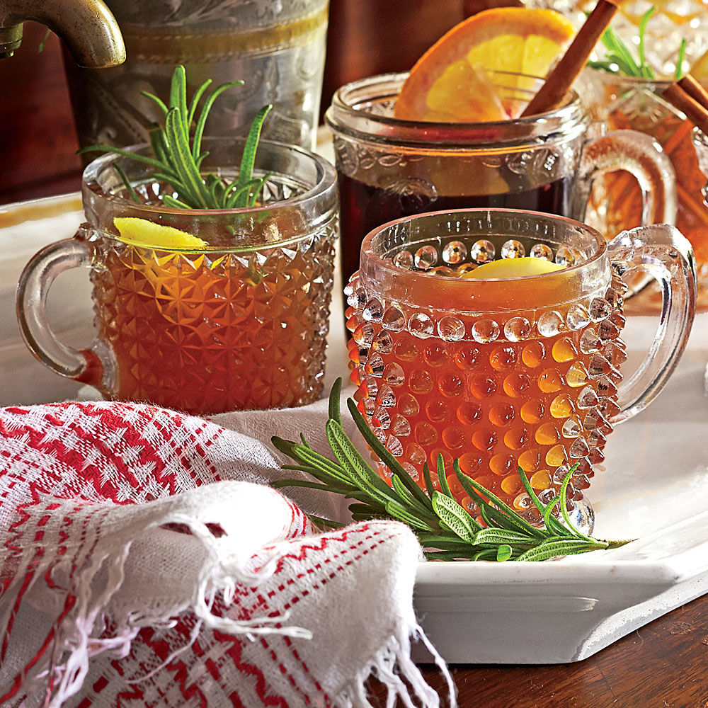 Hot Bourbon-Orange Tea Toddy Recipe