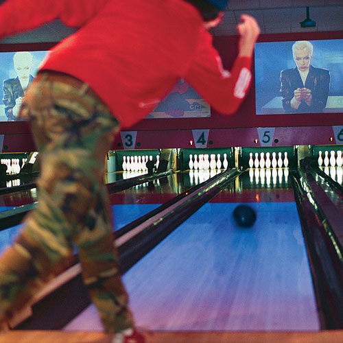 Retro Bowling in St. Louis