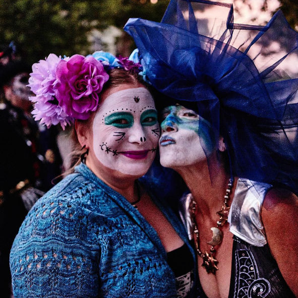 How to Throw a Killer Day of the Dead Party