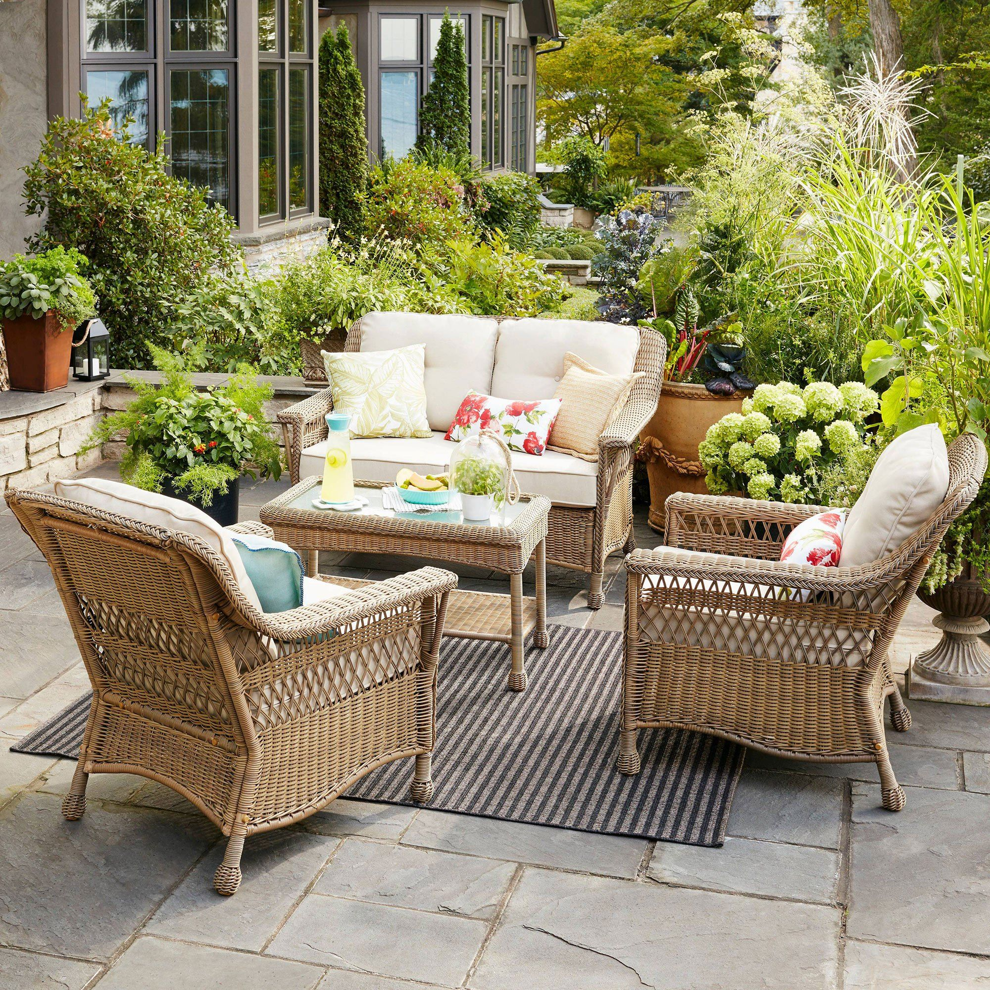 Best Furniture Sales This Weekend: Secrets To Setting A Pretty Table For Every Spring Party