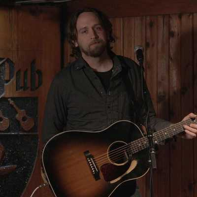 A Chat with Hayes Carll