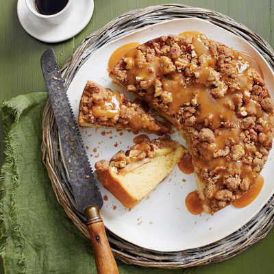 Caramel Apple Coffee Cake