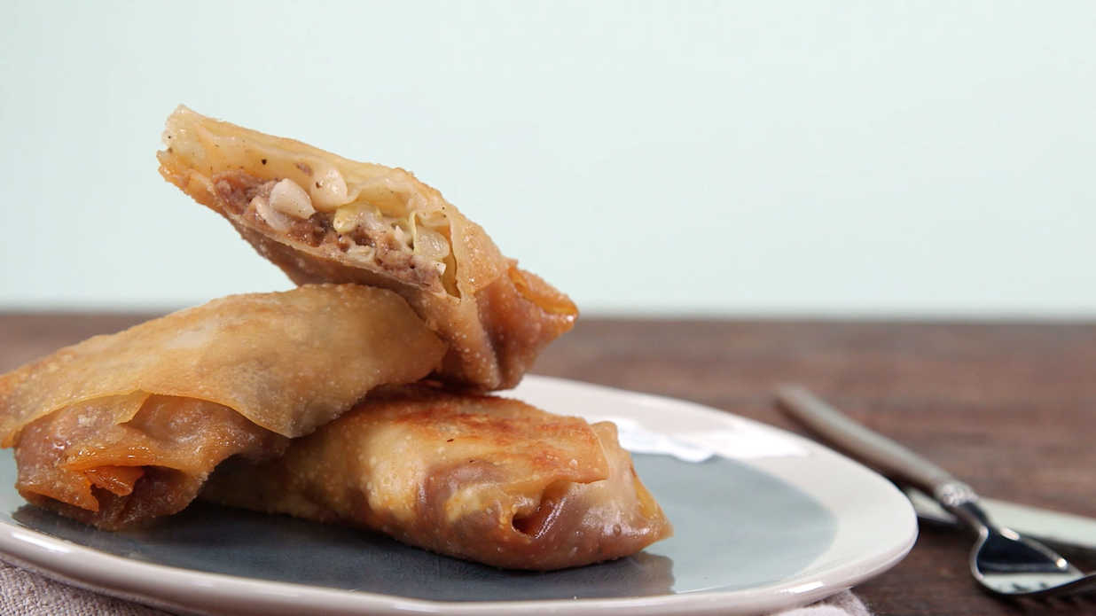 Barbecue pork egg roll recipe