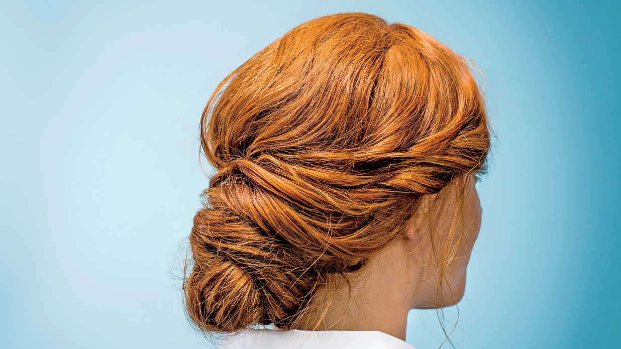 5 Hair Products You Need on Your Wedding Day