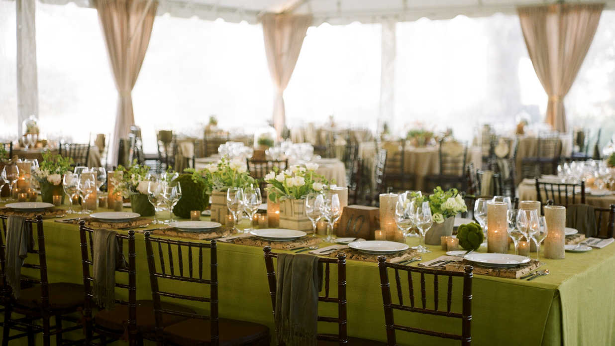 9 Christmas Party Ideas to Steal from Winter Weddings