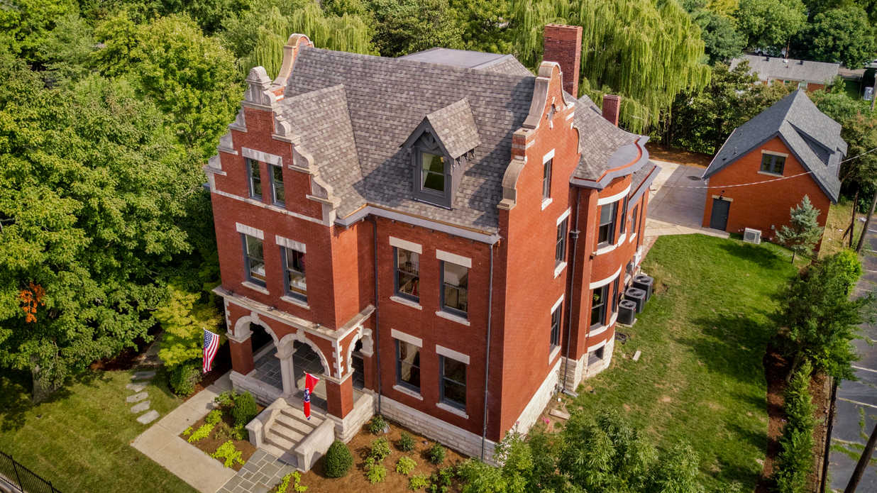 This Historic Nashville Home Is on the Market–and She's a Beauty