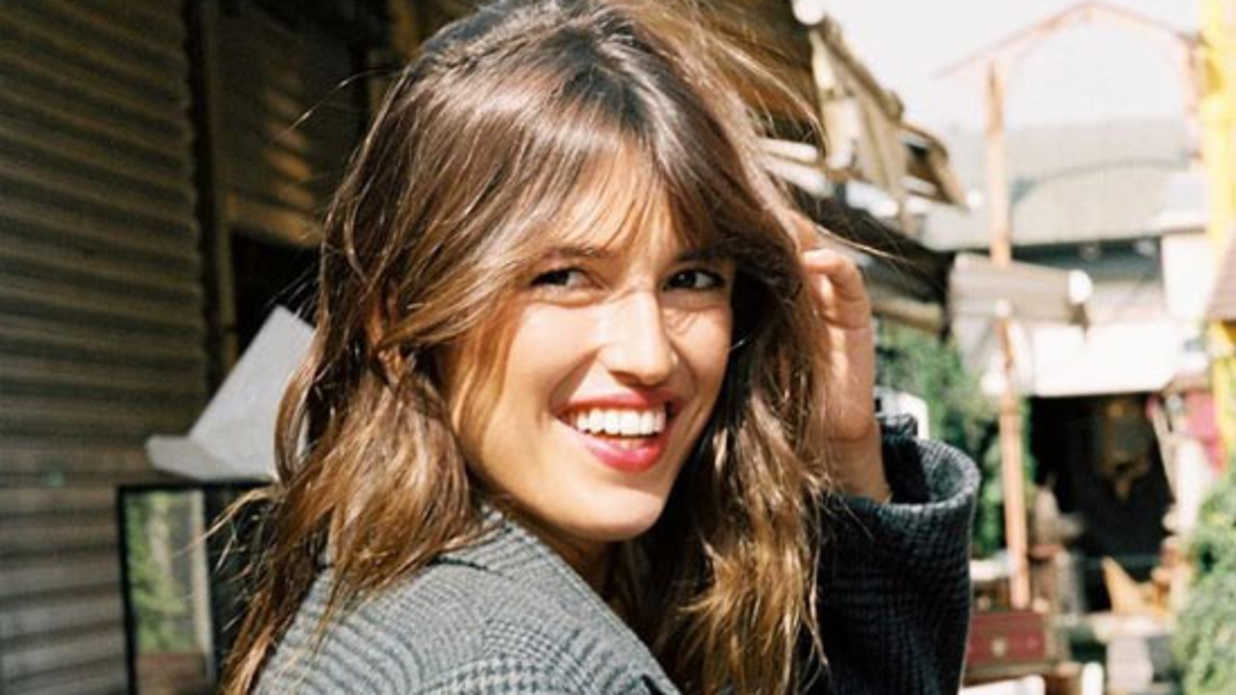 The Low Maintenance French Fringe Bangs Everyone Is Going Crazy For