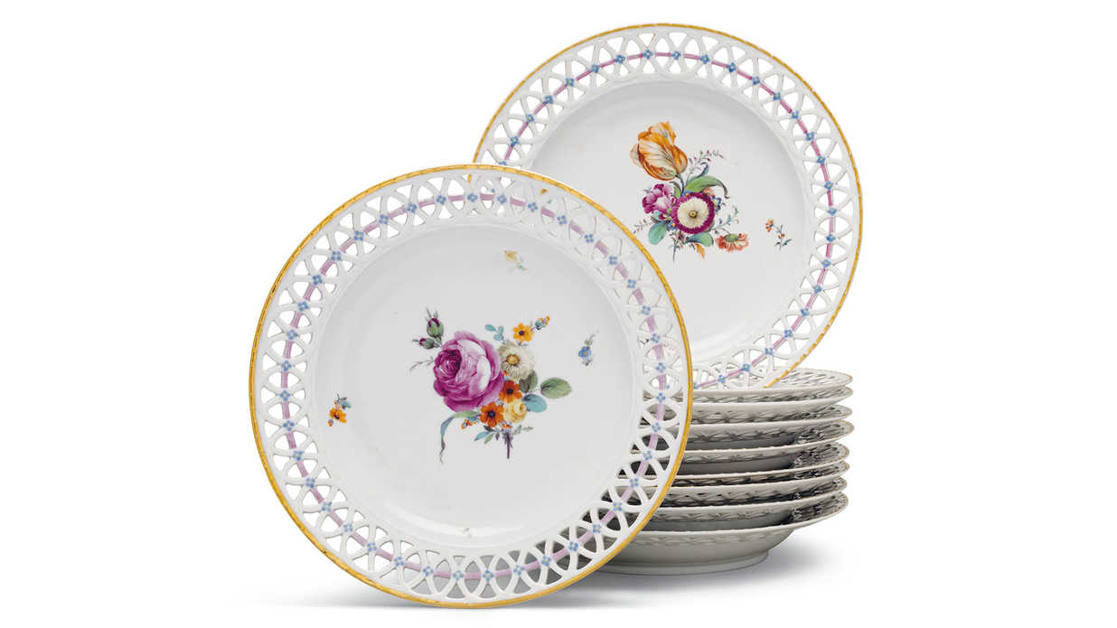 Rockefeller Family Auctioning $500 Million Worth of Heirlooms, Including Tons of Affordable Fine China