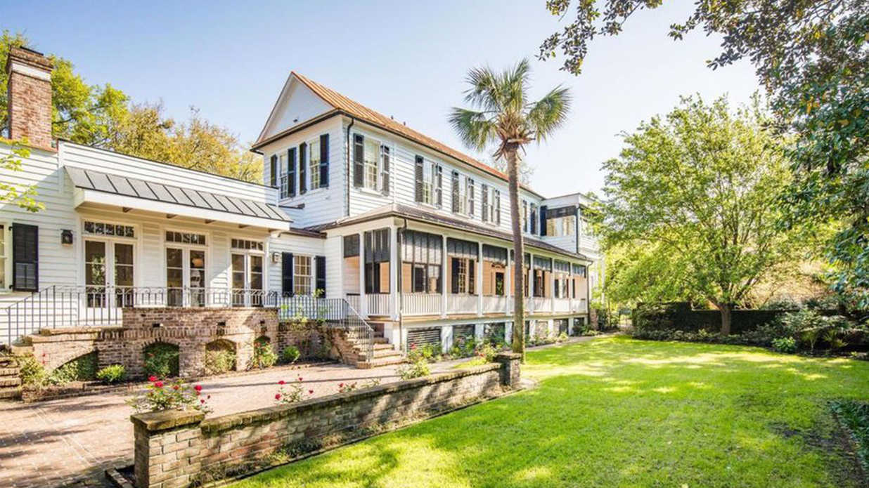 This Historic 1700s Mansion is One of Charleston's Finest