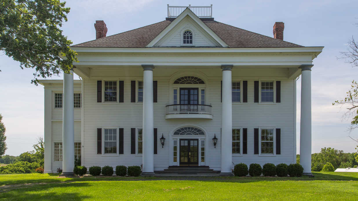 This $6.3 Million Virginia Estate Is a Horse Lover's Dream