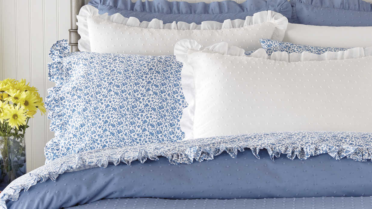 Everything We Love from the Pioneer Woman's New Fall Bedding Collection