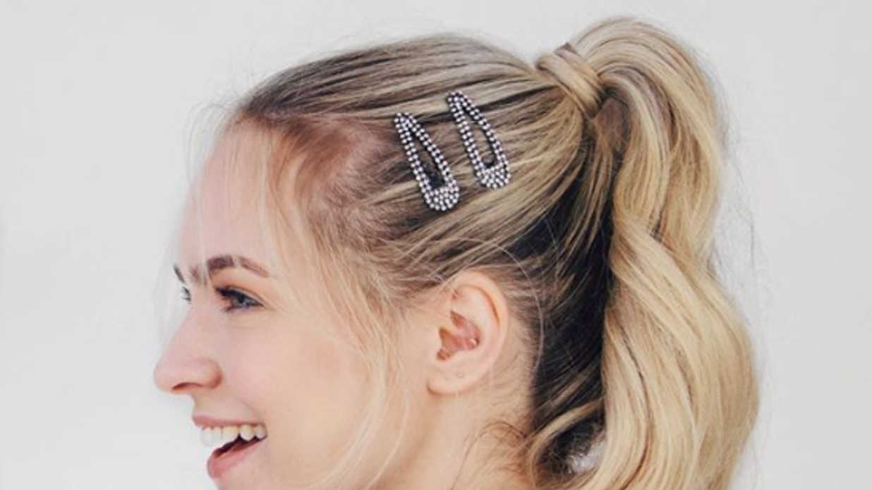 13 Quick and Easy Hairstyles to Know If You're Always Running Late