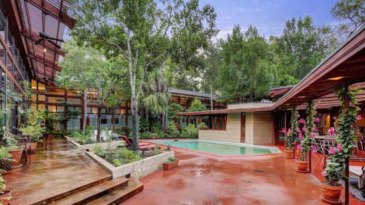 Frank Lloyd Wright-Designed Home in Houston Is Listed for $2,850,000