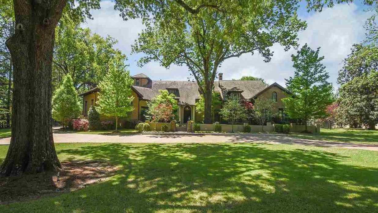 Resplendent Memphis Mansion Hits Market for $3,650,000