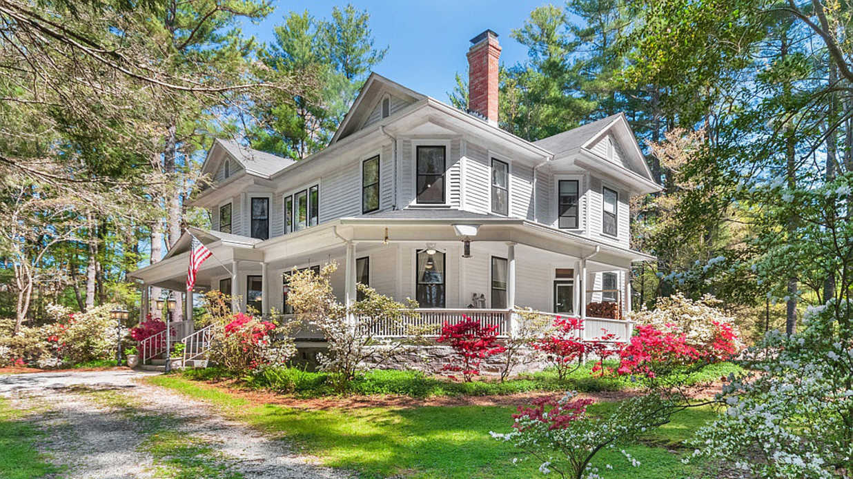 If You've Ever Dreamed of Opening a Charming B&B—Here's Your Chance