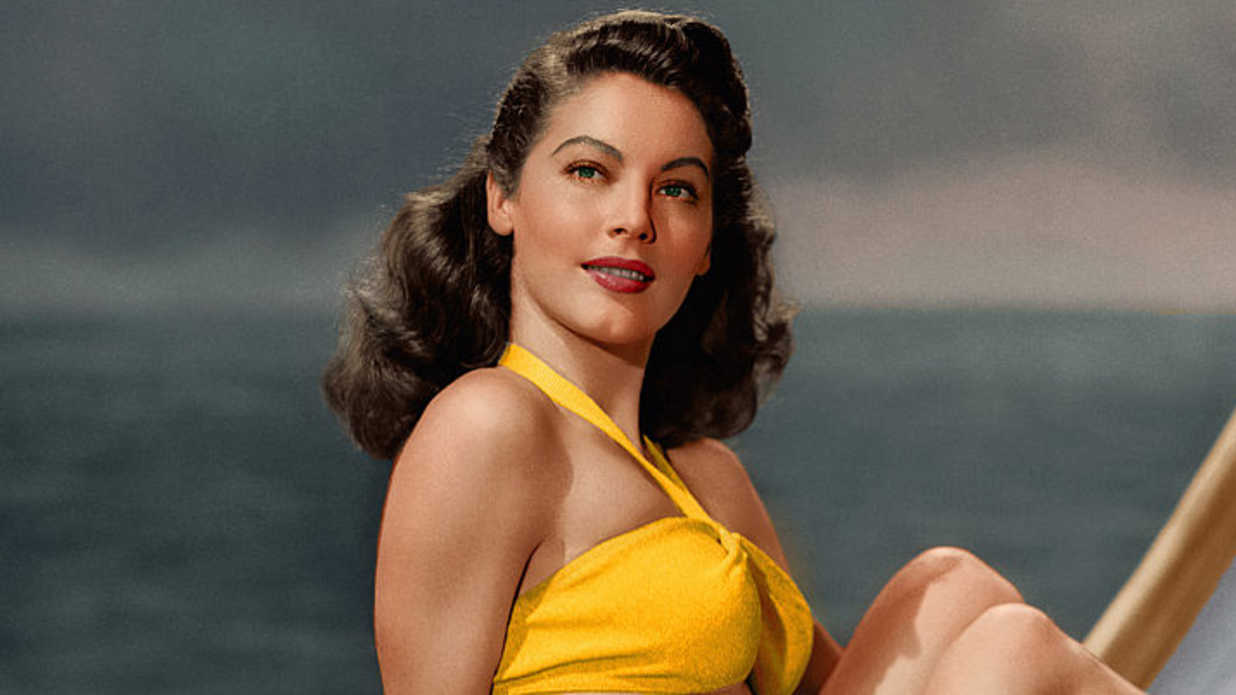 Vintage Swimsuits We Wish Would Make a Comeback