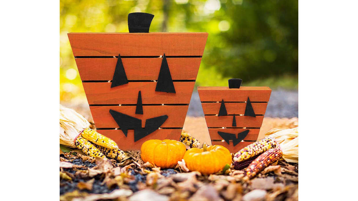 20 Last-Minute Decorations That'll Arrive Just in Time for Halloween