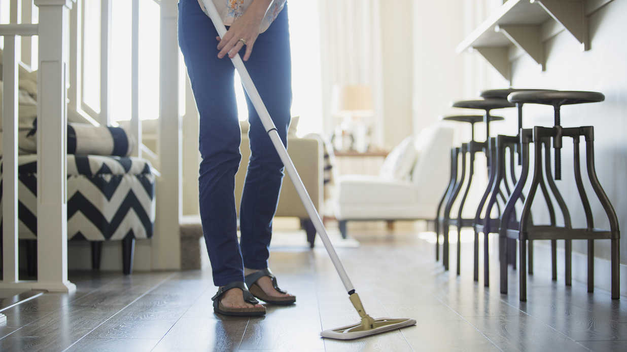 Professional Organizers Share Their Ultimate Speed-Cleaning Routines