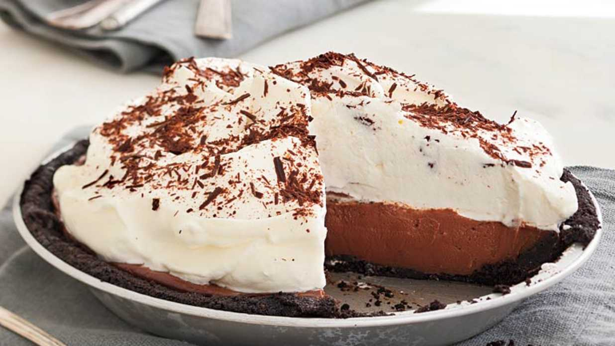 18 Icebox Cakes and Pies to Make This Summer