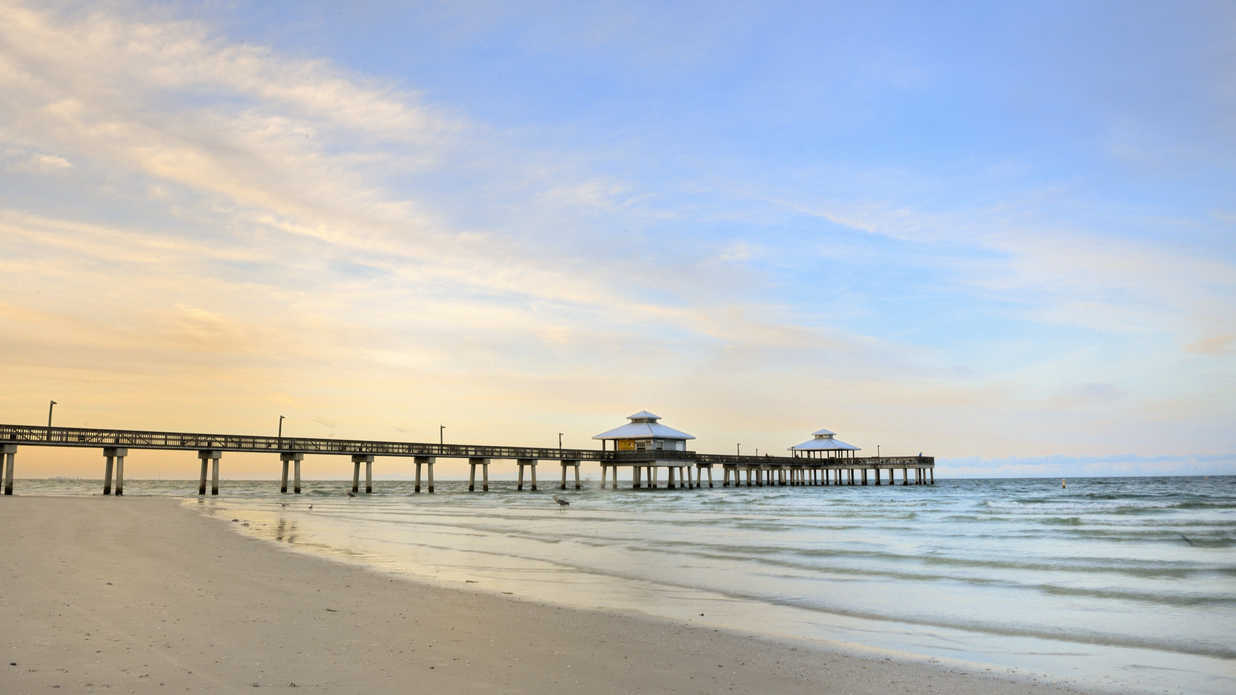 10 Happiest and Healthiest Places to Live on the Beach—Ranked!