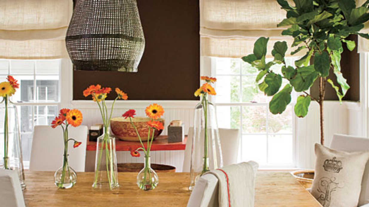Living Room Decorating Ideas: Mantels, Bookshelves, And Wall Art   Southern  Living