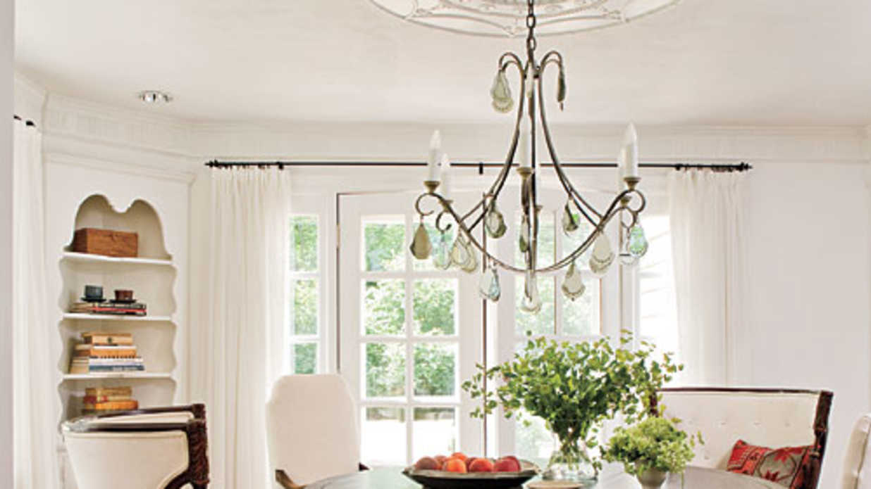 Home interior decorating ideas southern living for Southern living keeping room ideas