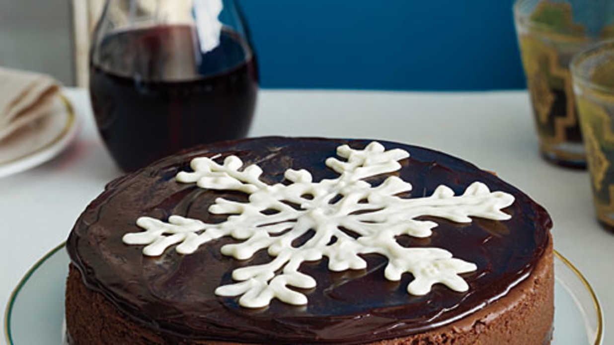White Chocolate Snowflake Garnish
