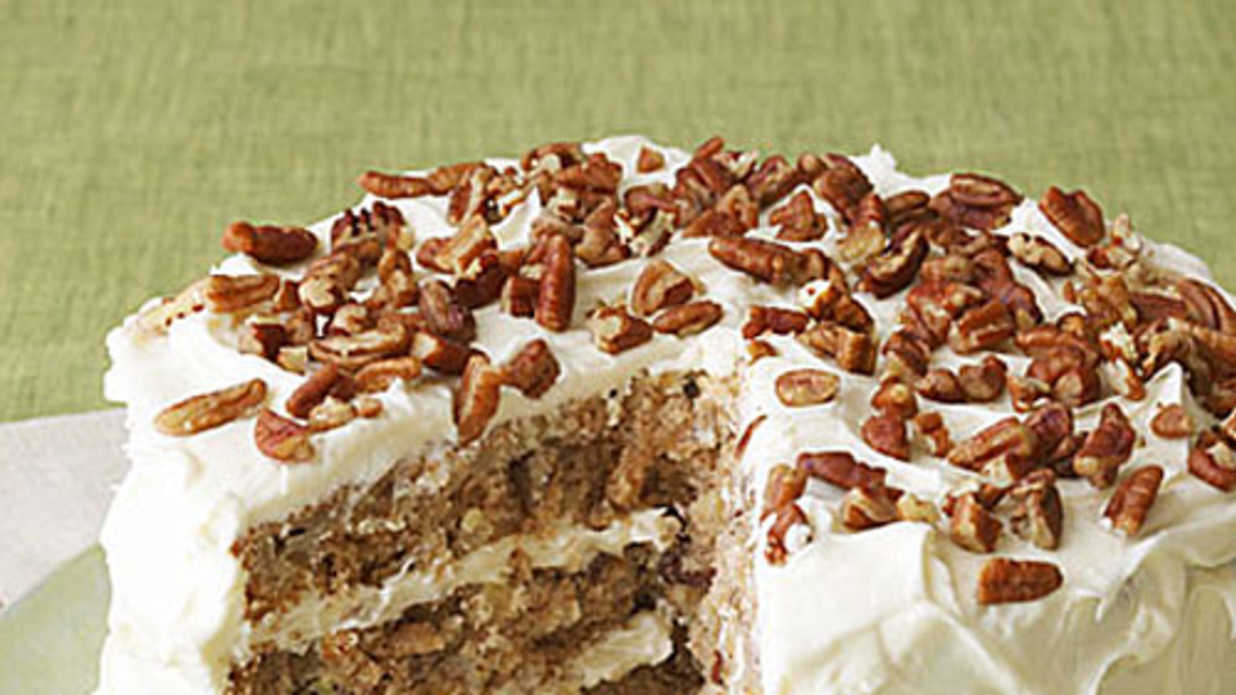 Master a Southern Classic Hummingbird Cake