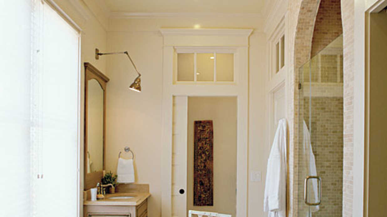 Southern Living Bathroom Decorating Ideas : Bright and airy master bath luxurious bathroom