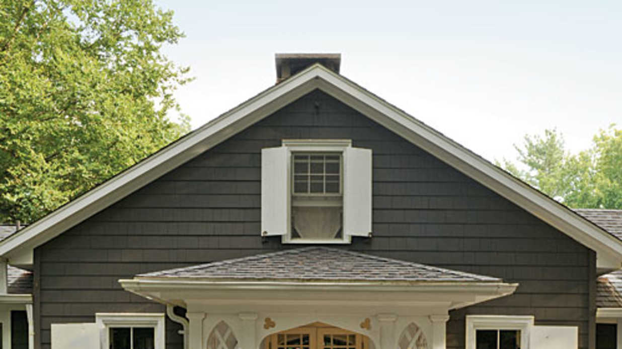 How to pick the right exterior paint colors southern living for What color roof should i get for my house
