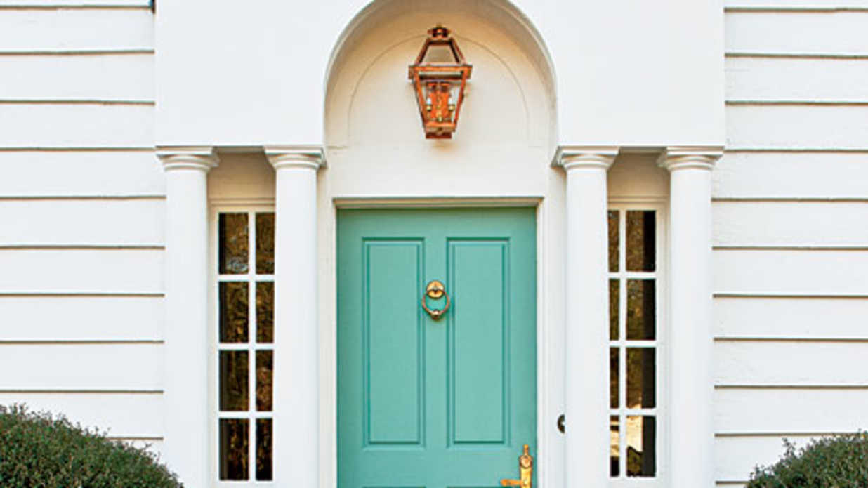 Choosing exterior paint colors southern living - Selecting exterior paint colors concept ...