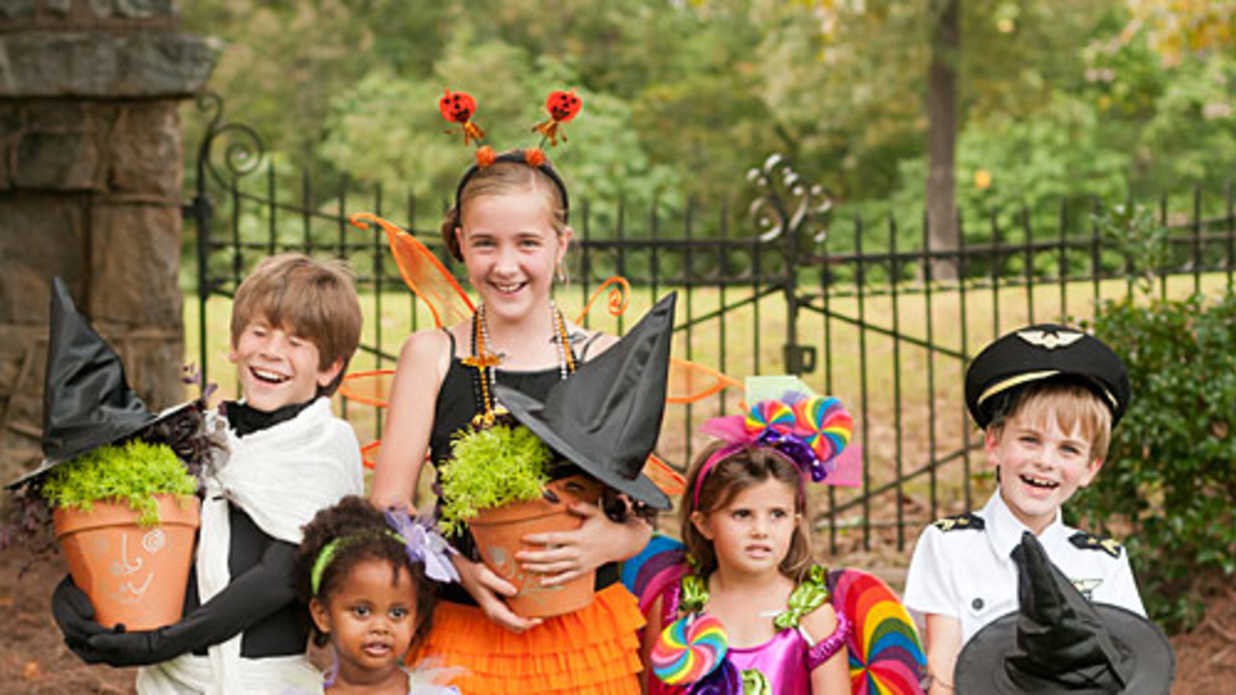Halloween Party Ideas  Recipes And Decorations