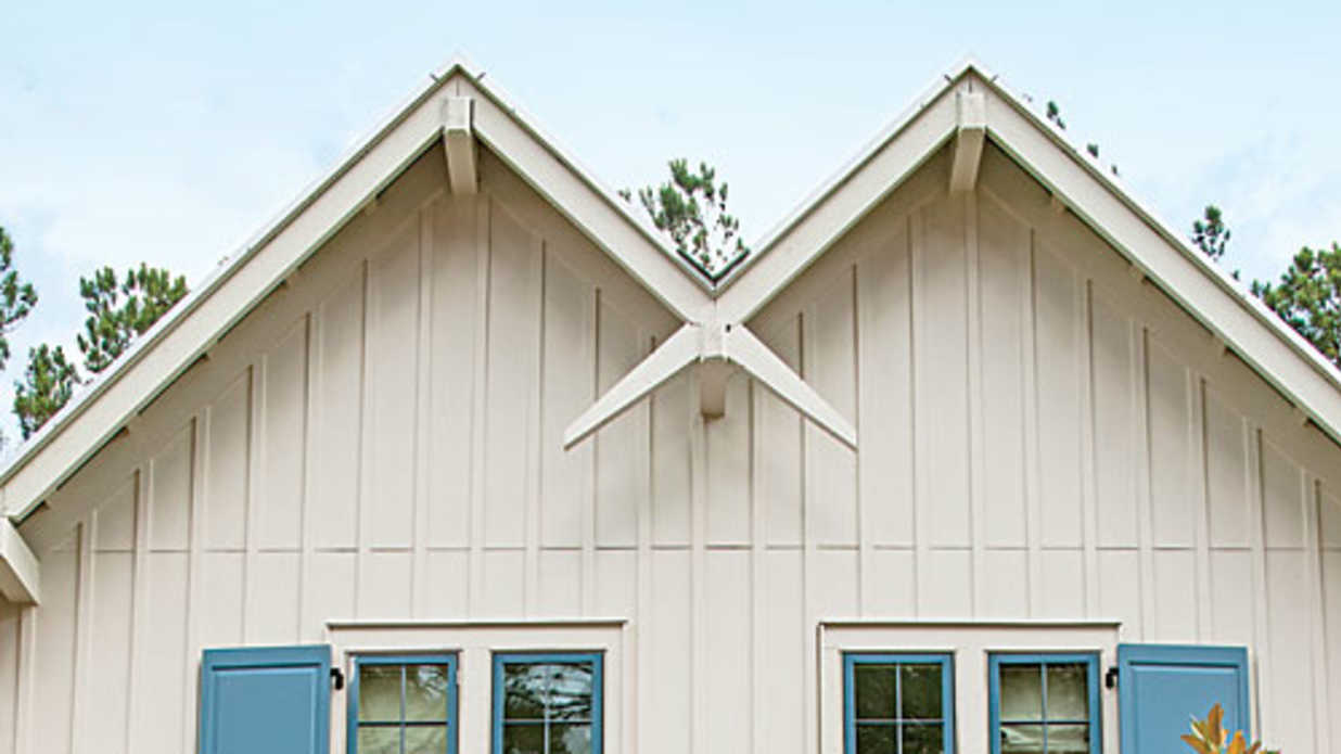 Try vertical siding for an updated look southern living for Vertical house siding pictures