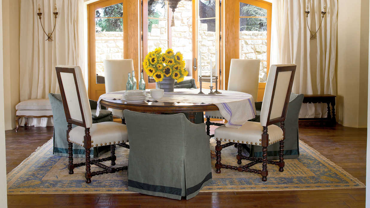 Create A Casual Look Stylish Dining Room Decorating Ideas Southern Living