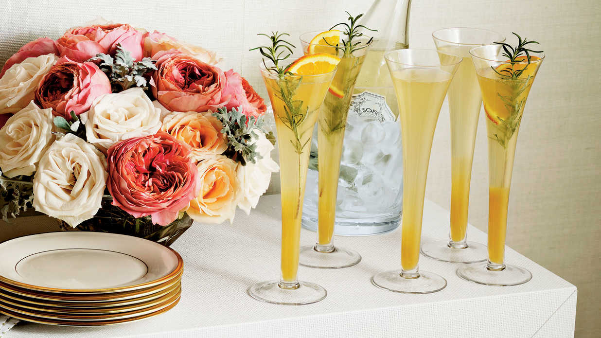 Sip Into a Glamorous Cocktail Party